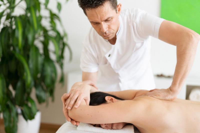 Ganzkörper-Wellness-Massage